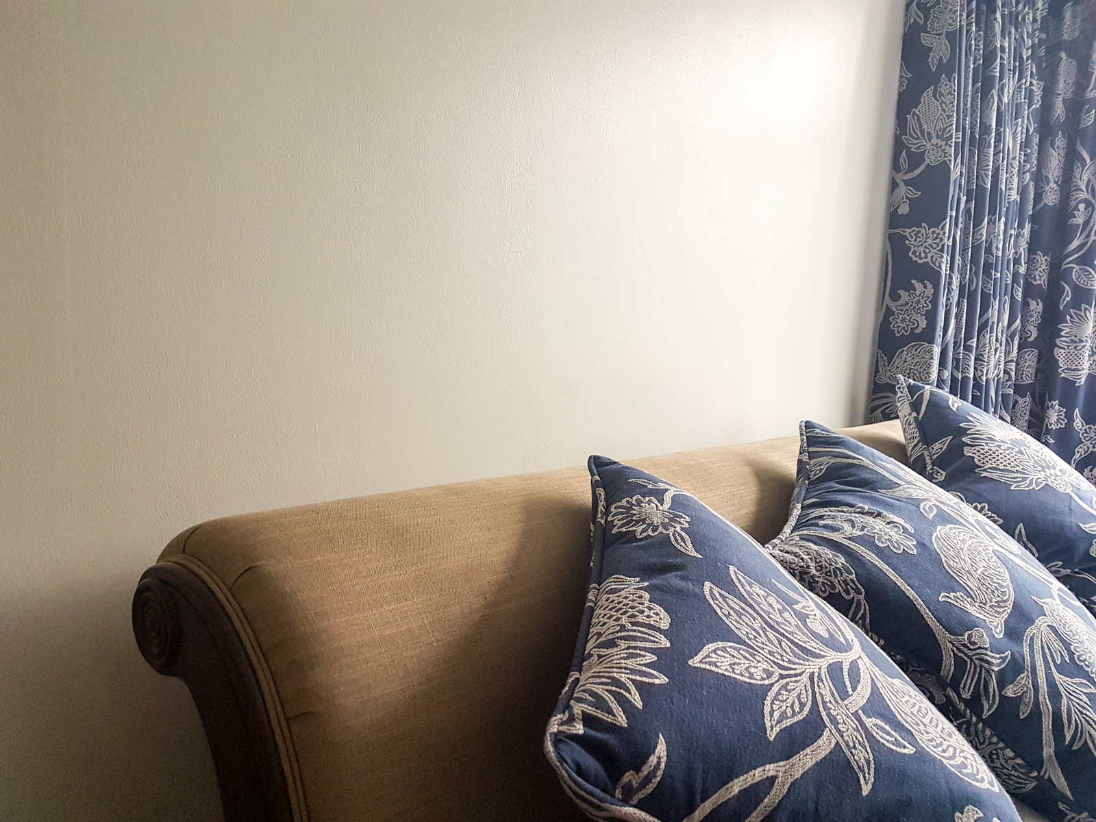 Curtains & Cushions made to measure in Wimbledon