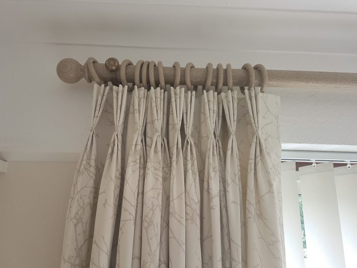 Curtains Pole And Box Pleat Pelmet Sw15 Kingston Vale