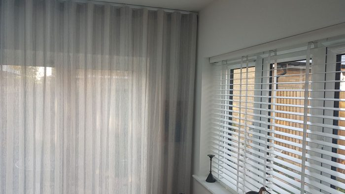 Curtains fitting in London