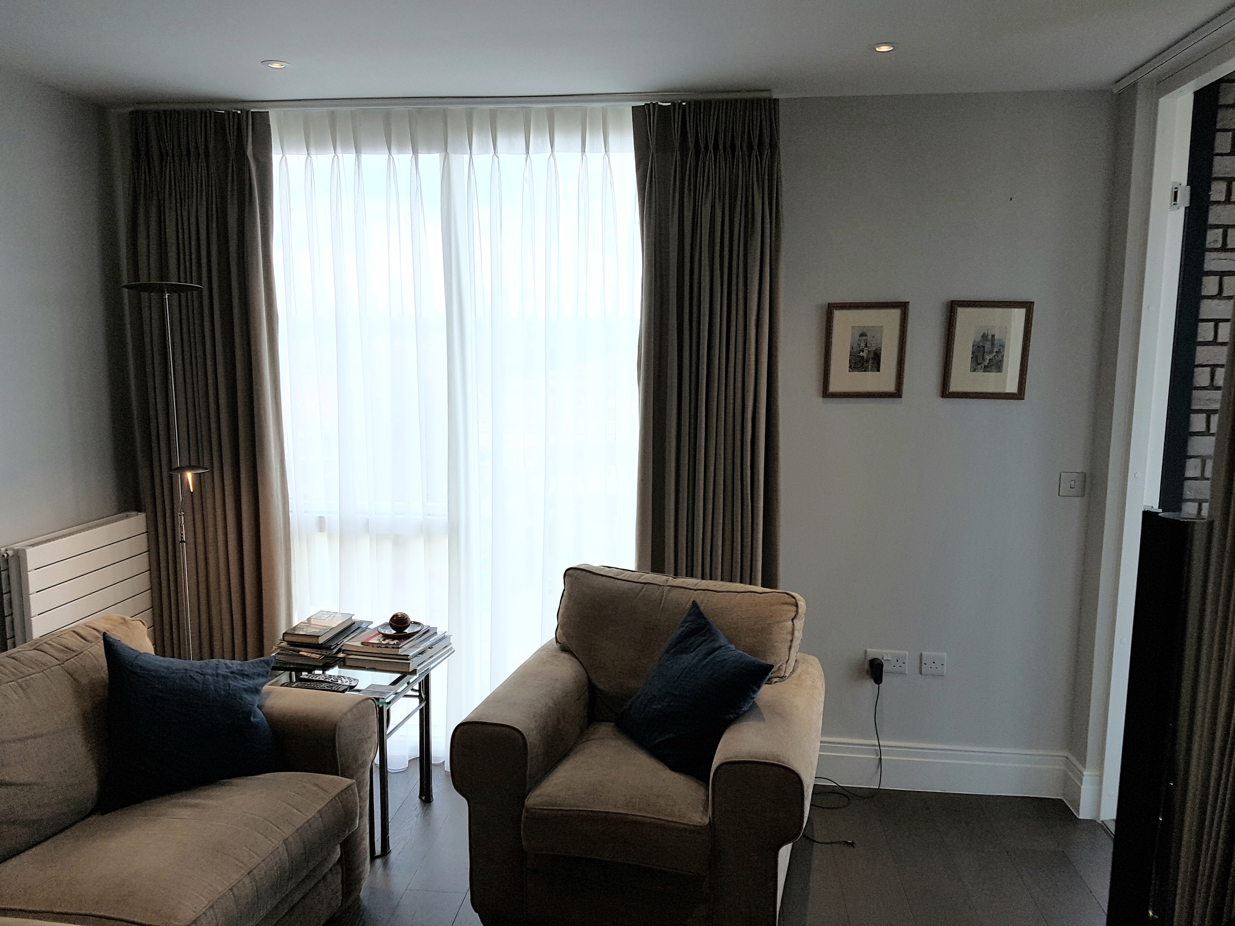 bespoke, made to measure curtains and sheers installed by OTRT curtain fitter in Kingston