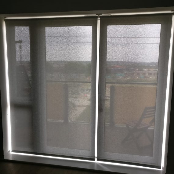 Alu screen reflective fabric Silent Gliss rollers blinds 4910