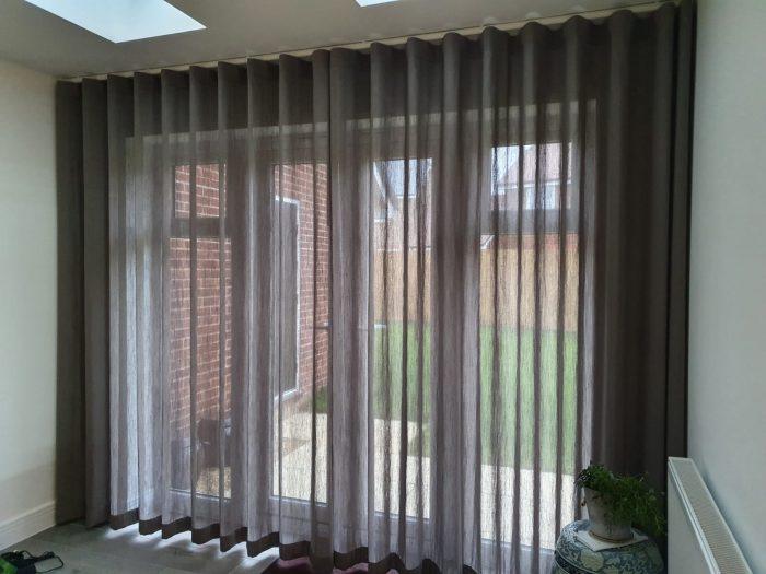 Wave curtains Nagev Mole Villa Nova